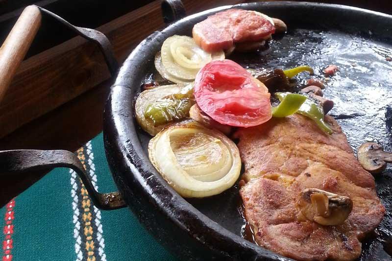 Сач dish at Chuchura